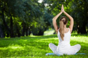 yoga-in-the-forest